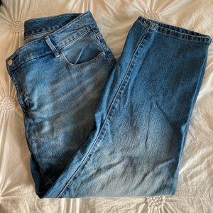 Light Wash Lose Jeans Old Navy Size 18